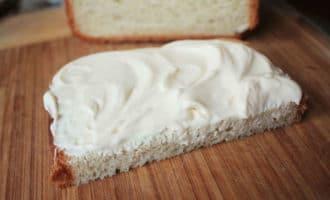 хлеб и майонез
