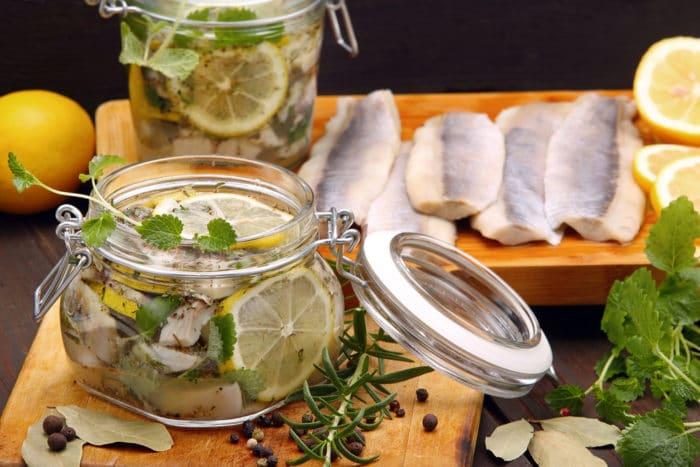 Засолка сельди с лимоном
