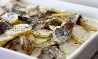 Как приготовить скумбрию в духовке с картофелем