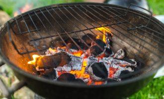 мангал с углями