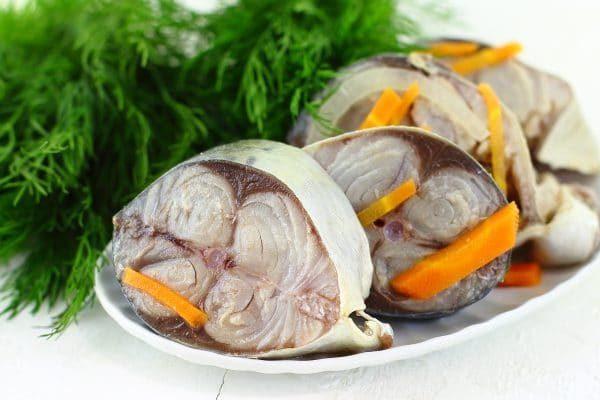 С луком и морковью