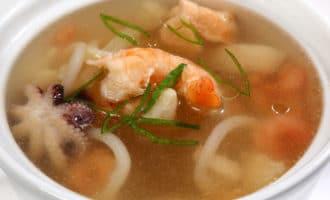 Как приготовить настоящий морской суп