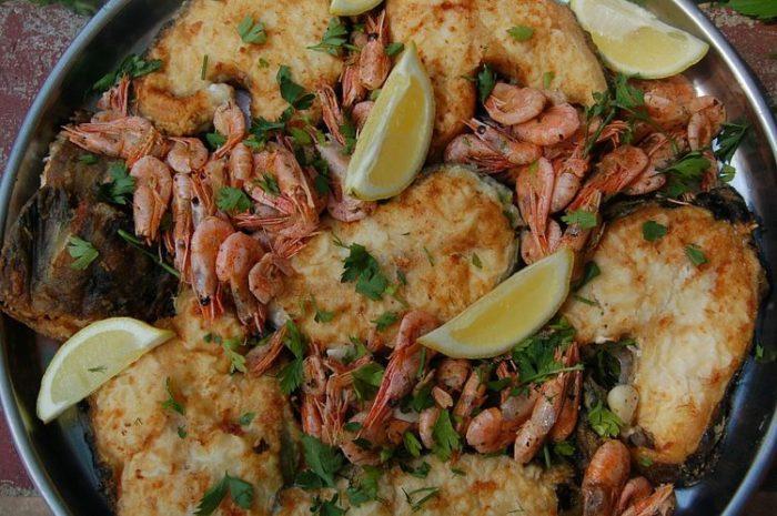 С зубаткой и морепродуктами