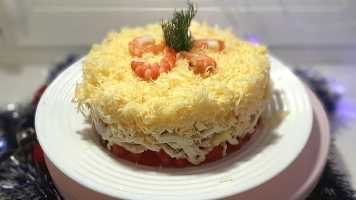 салат с кальмаром «Сытый боцман»