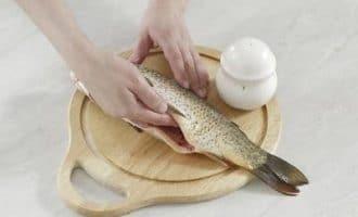 Секреты приготовления запеченного целого карпа в духовке