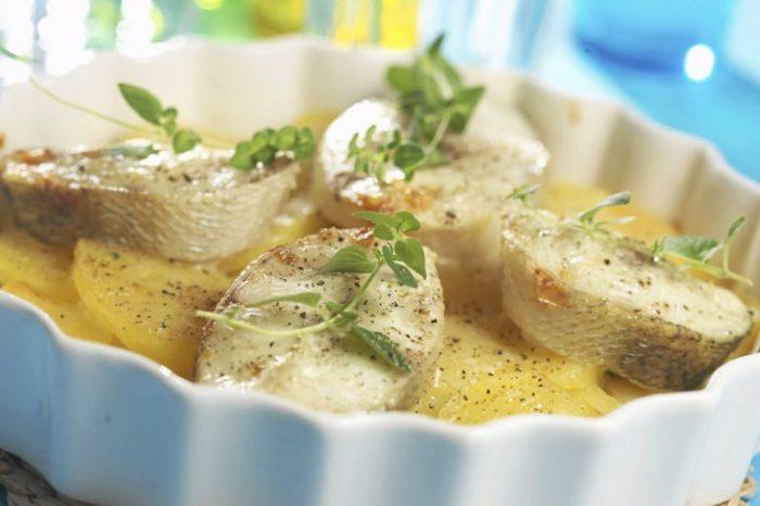 щука с картошкой и сыром