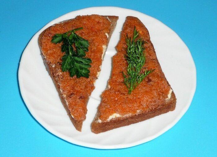 красная икра из селедки с горчицей