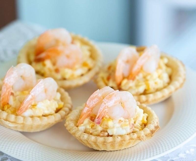 Чем начинить тарталетки: 7 готовых решений из полезных морепродуктов