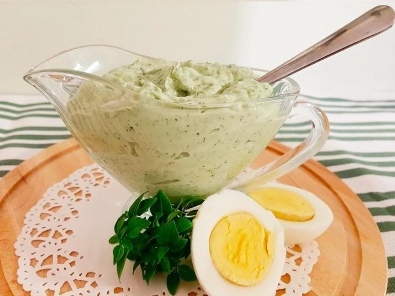 соус из куриных яиц с зеленью