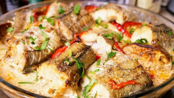 рыба запеченая с кабачками и зеленью