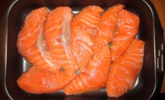 Не устану готовить эту рыбку со сметаной в духовке