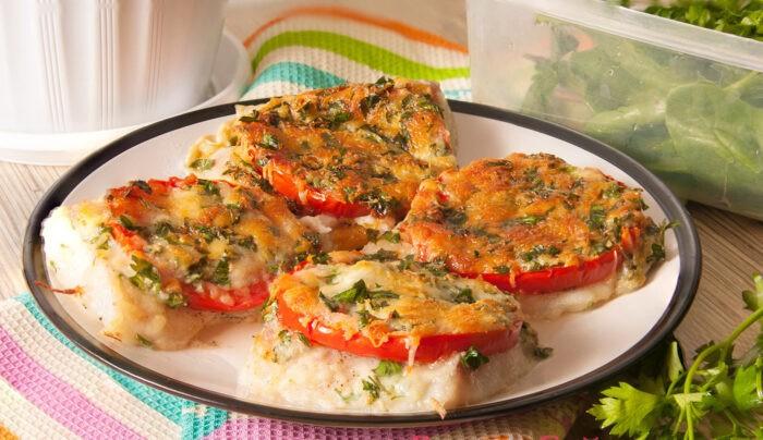 Рыбный пуховик с овощами