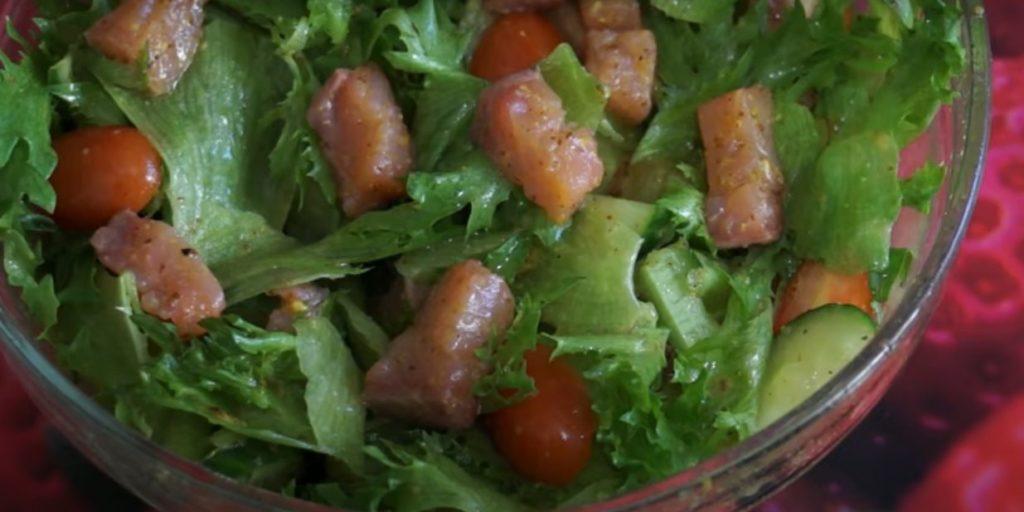 салат с огурцом и томатами
