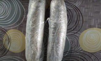скумбрия в полиэтиленовой пленке